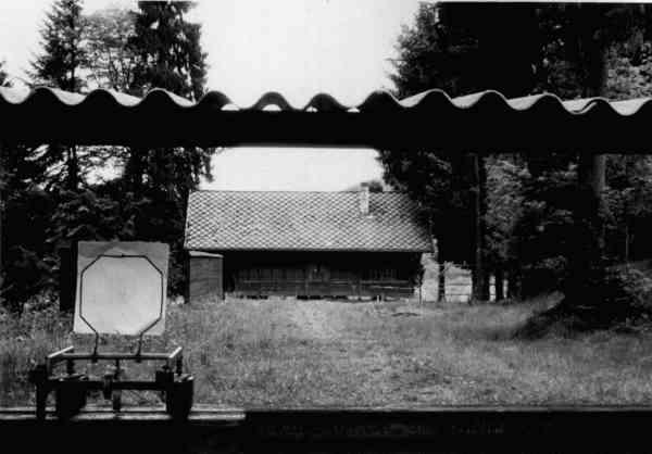 Das Schützenhaus aus der Scheibenperspektive